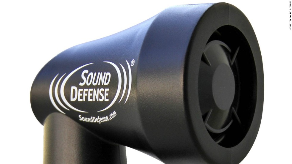 """It may look like a hairdryer but in fact the <a href=""""http://www.sounddefense.com/"""" target=""""_blank"""">Sound Defense K9 </a>is oh so much more: it can keep you safe from pursuing dogs. By emitting a high frequency audio signal that focuses in on sensitive canine ears, the device will keep excitable dogs at bay (but don't worry, it causes no harm whatsoever)."""