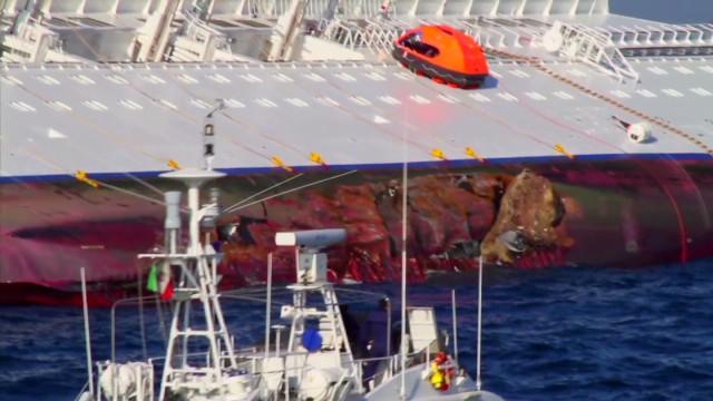 exp Raising the Costa Concordia_00002001.jpg