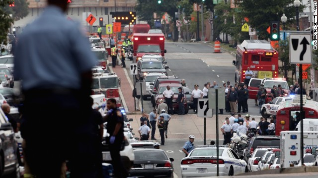 Police respond to the shooting at Washington Navy Yard.