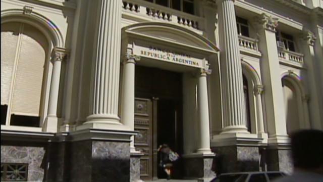 cnnee rodriguez argentina ck extends economic laws_00001518.jpg