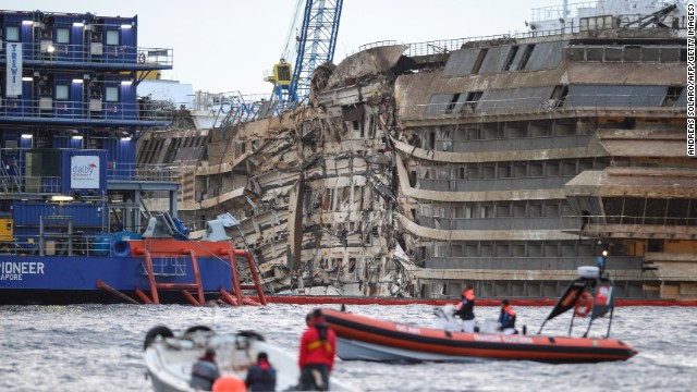 See Costa Concordia rise out of water