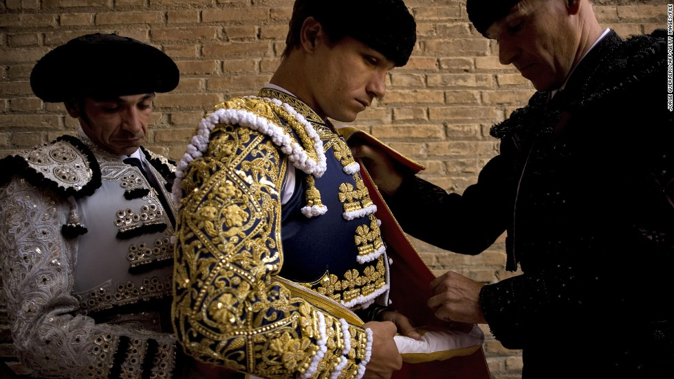 Spain has at least one common thread: bulls. In bars, aficionados might be glued to a televised bullfight and later scan a review of the fight in the arts, not sports, section of the newspaper. However, the popularity of the sport may be waning among the younger generation. Catalonia has banned it completely.