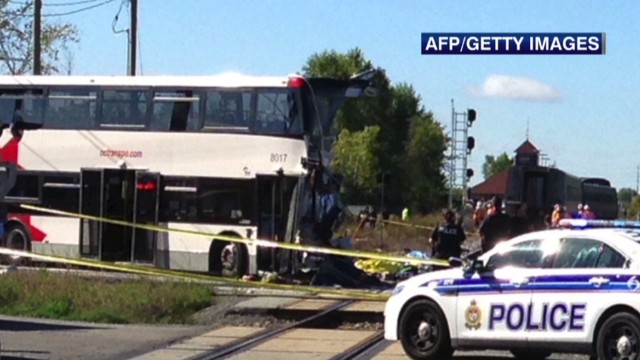 sweeney.canada.bus.train.collision_00000430.jpg