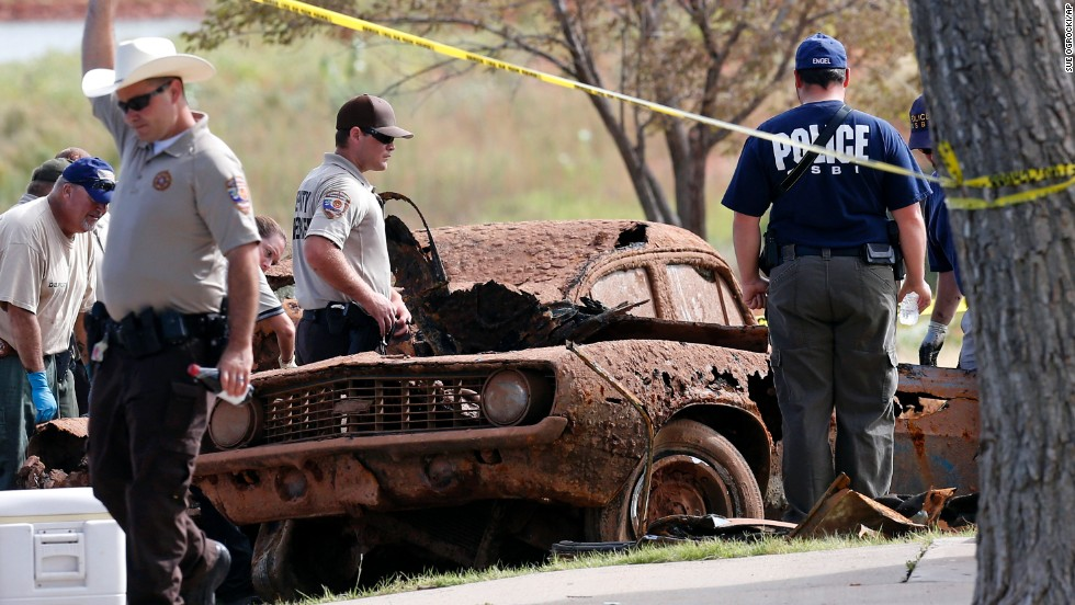 The remains found in the second car, a blue 1969 Chevrolet Camaro, matched the descriptions of three teenagers who disappeared in 1970: Jimmy Williams, 16; Thomas Rios, 18; and Leah Johnson, 18.