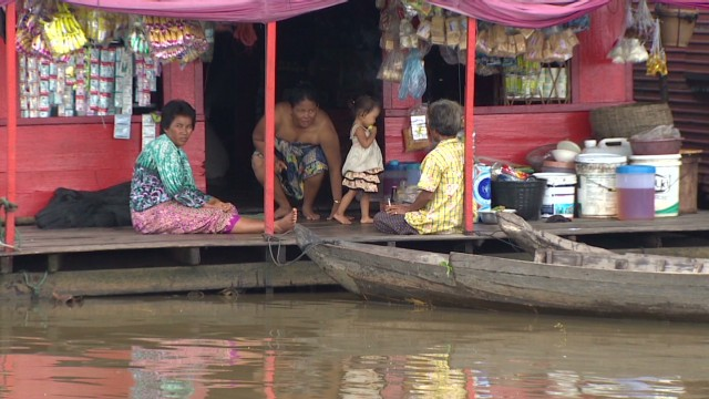 spc cnngo cambodia floating village_00010922.jpg
