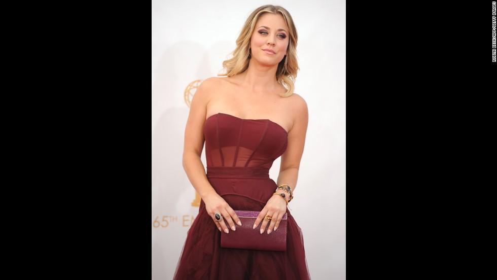 """""""The Big Bang Theory's"""" Kaley Cuoco wears a burgundy Vera Wang."""
