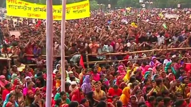 Bangladesh workers protest over pay