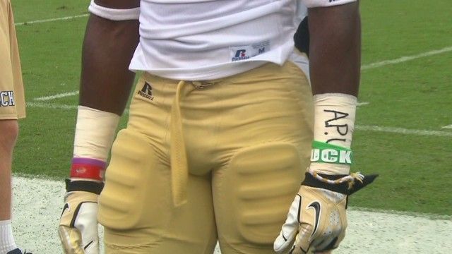 Football players protest NCAA treatment