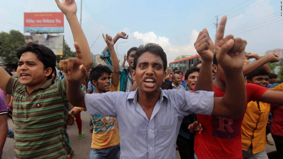 Protesters rally in Dhaka.