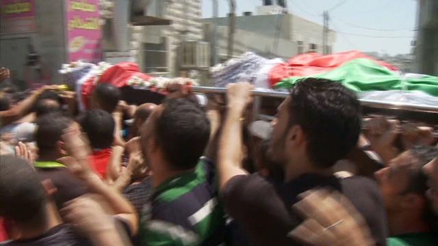 Israel, Palestinians to intensify talks