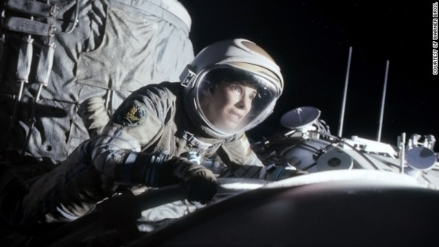 Astronaut gives 'Gravity' a thumbs up