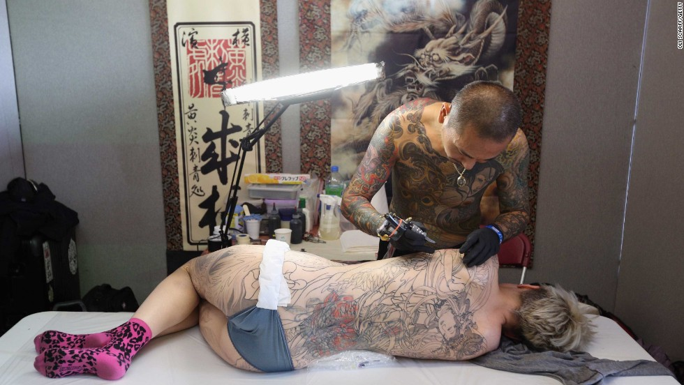 A final trend illuminated by the London show? Permanent tattoos are no longer permanent. You can scrub 'em off and set off around the world in search of more designs that other people will covet -- until everyone has one