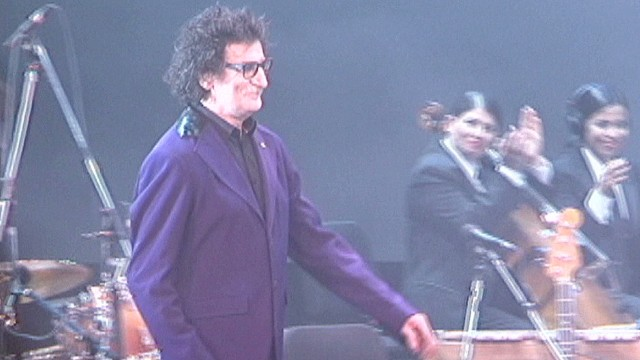 cnnee rodriguez argentina charly garcia colon_00002212.jpg
