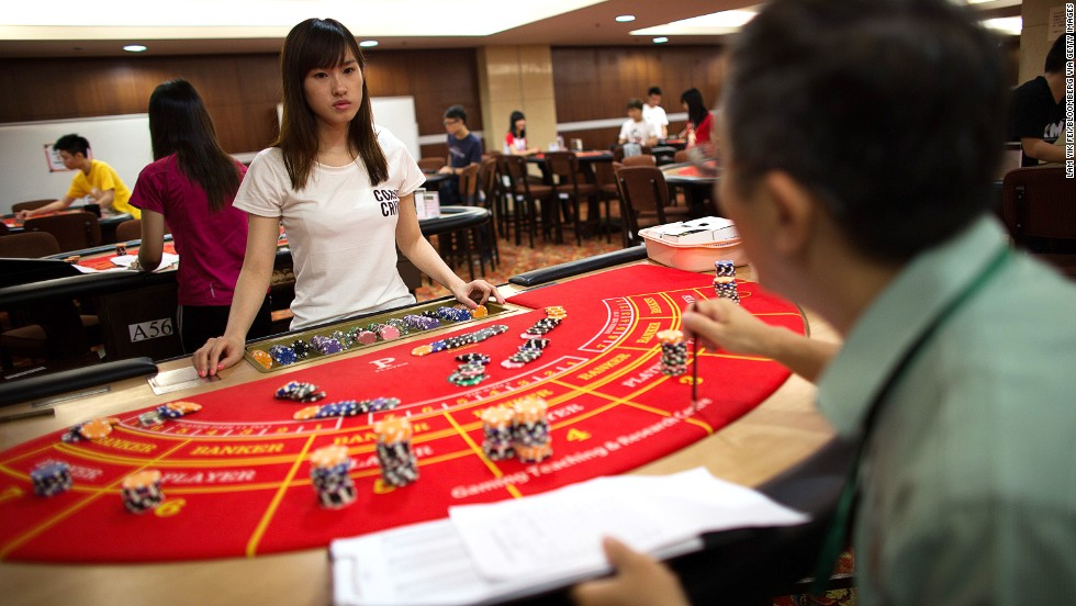 Locals rarely visit the casinos to gamble and government employees are forbidden from gambling here. The overwhelming majority of gamblers are from mainland China and Hong Kong.