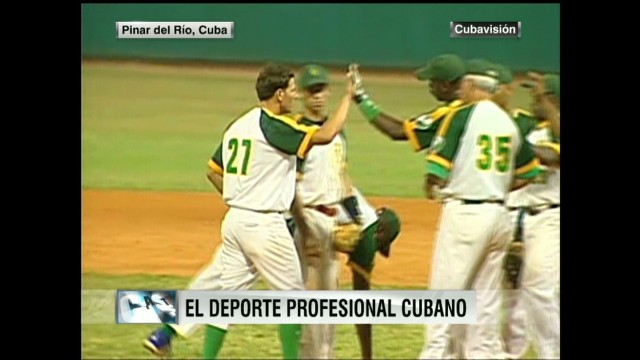 CNNL CONT Cuba allows baseball players to go pro abroad_00033118.jpg