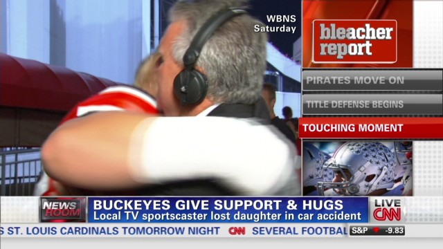 Bleacher Report 10/2 OSU Hugs_00000927.jpg