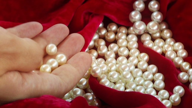 spc marketplace middle east pearls_00012920.jpg