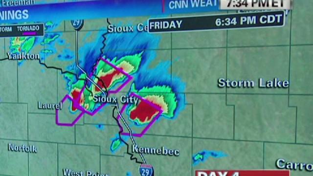 erin chad myers nebraska storms_00002607.jpg