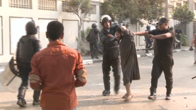Cairo street protests turn deadly