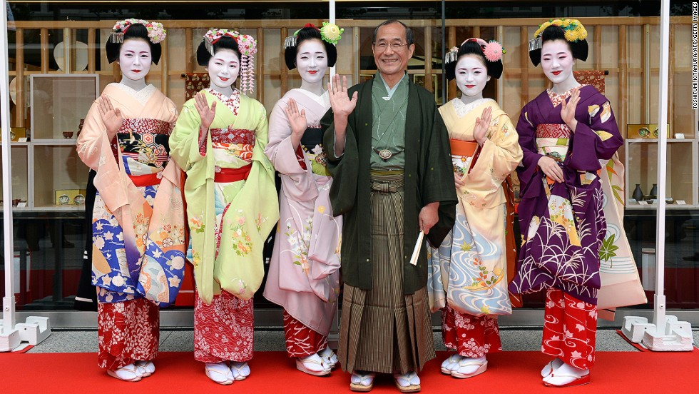 Kyoto Mayor Daisaku Kadokawa shows off his city's greatest draw.