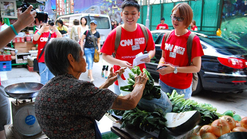 For this Graham Street Market challenge, teams had to bargain for as much choi sum as possible for HK$30, the amount that those in poverty in Hong Kong spend on food each day. Choi sum a leafy, green vegetable.