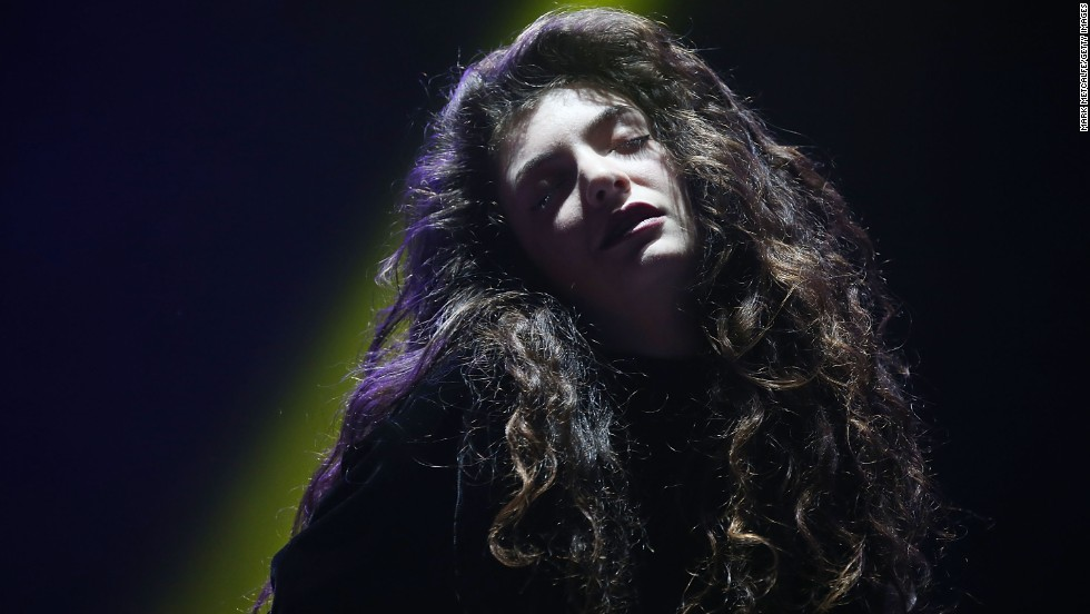 "Lorde enjoyed having a chart topper with her single ""Royals,"" but sparked some criticism after<a href=""http://www.cnn.com/2013/10/09/showbiz/lorde-royals-racism-spat/index.html?hpt=en_c1""> a blogger cried racism</a> over some of the song's lyrics."