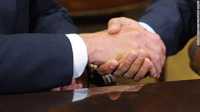 WASHINGTON - NOVEMBER 16:  U.S. President Barack Obama (R) shakes hands with Speaker of the House John Boehner (R-OH) during a meeting with bipartisan group of congressional leaders in the Roosevelt Room of the White House on November 16, 2012 in Washington, DC. Obama and congressional leaders of both parties are meeting to reportedly discuss deficit reduction before the tax increases and automatic spending cuts go into affect in the new year.  (Photo by Olivier Douliery/Pool/Getty Images)