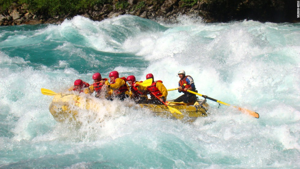 Fed by Argentina's glacial lakes, the brilliant aquamarine waters of the Rio Futaleufú cross the Andes and cascade through southeastern Chile, where adrenalin junkies converge from November to March to tackle its heart-quickening rapids by raft or kayak.