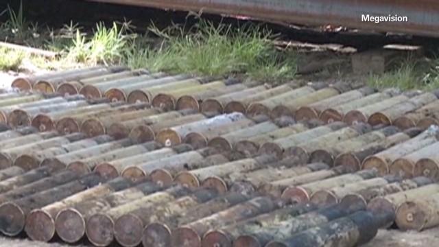 exp erin sot parker police find 213 grenades el salvador_00000619.jpg