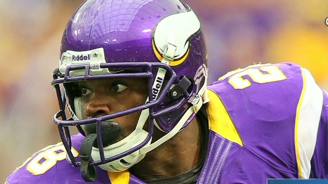 Adrian Peterson's young son dies