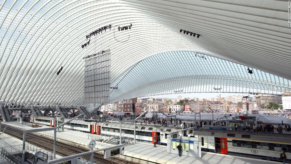 The world 39 s most spectacular train stations cnn for Center carrelage jemappes