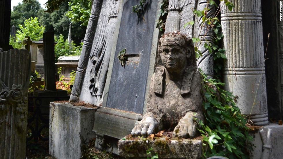 Sphinx? Gothic angel? If you can't decide on your tombstone theme, choose them all! That's what showman Andrew Durcow did with his rock at Kensai Green Cemetery.