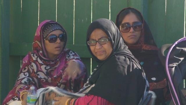 Hauser Latino Muslims_00020028.jpg