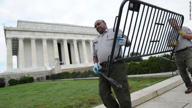 National Park Service employees remove barricades from the grounds of the Lincoln Memorial in Washington on October 17.