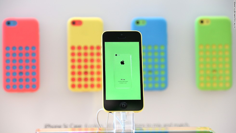 <strong>Apple releases iOS 7, two new iPhones</strong>: This year Apple's biggest move was to update its mobile operating system, iOS 7, which got new features and a fresh look. The company also released two new iPhones (the gold-colored, fingerprint-detecting 5S and the cheaper and more colorful 5C) and two speedier iPads.