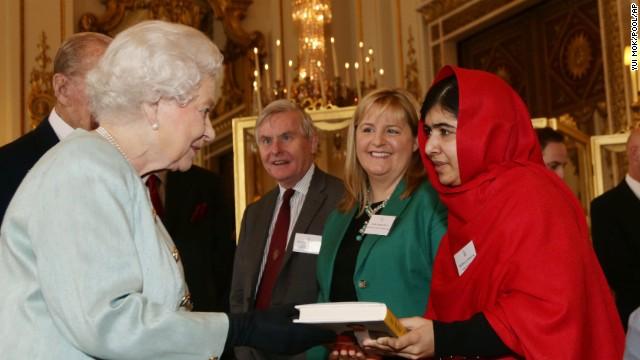 Malala meets the queen