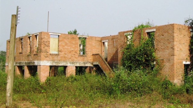spc inside africa liberia rubber b_00004204.jpg