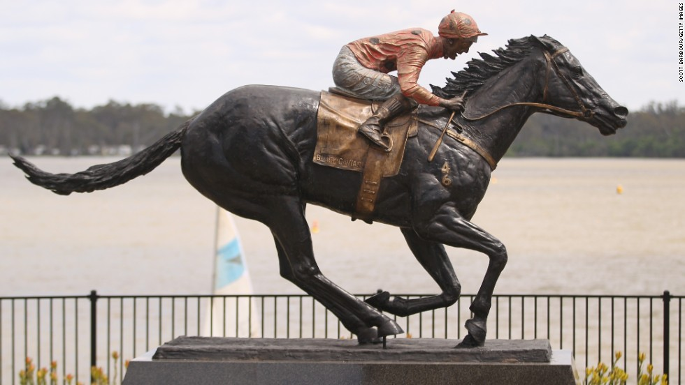 Champion racehorse Black Caviar has been immortalized in bronze in its hometown of Nagambie in the Australian state of Victoria. The mare retired following a stellar racing career in which it won all 25 of its races.