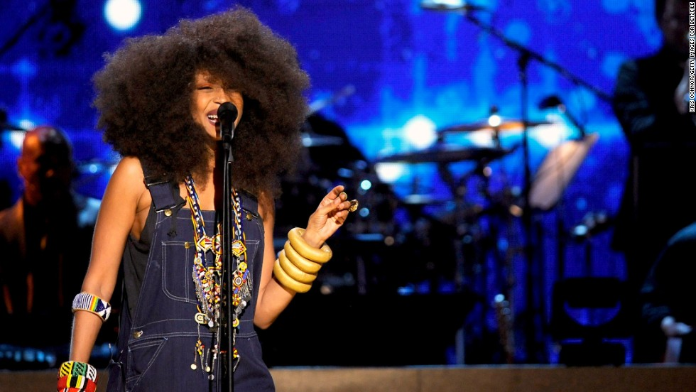 "Erykah Badu is known for her soulful sounds and personal style, but in 2011 she revealed that she'd found another passion: helping moms deliver babies. A mother of three, Badu <a href=""http://www.huffingtonpost.com/2013/02/08/erykah-badu-interview-origin-magazine-february-2013_n_2638886.html"" target=""_blank"">became a certified doula and was working toward her midwifery license. </a>"