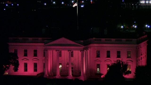 cnnee vo pink house_00002709.jpg