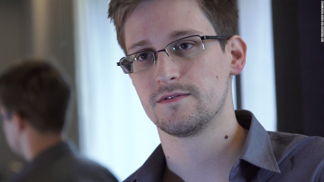 "The British government reportedly warned airlines at a Thai airport to deny <a href=""http://www.bbc.co.uk/news/uk-22904909"" target=""_blank"">Edward Snowden</a> boarding flights to the UK. The former CIA employee <a href=""http://edition.cnn.com/2013/08/09/politics/nsa-documents-scope/"" target=""_blank"">leaked NSA documents</a> in June 2013."