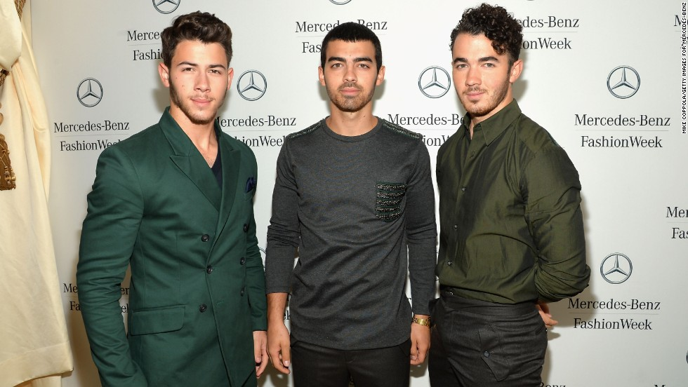 "Although creating music with siblings doesn't always work out -- <a href=""http://www.cnn.com/2013/10/29/showbiz/music/jonas-brothers-breakup/index.html?iref=allsearch"">just ask the Jonas Brothers</a>, from left, Nick, Joe and Kevin -- it can be pretty ingenious while it lasts. The three rose to fame with Disney Channel appearances but broke up in 2013."