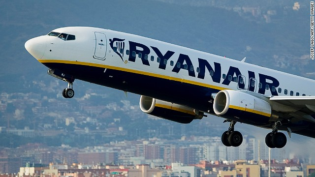 An airplane of the Irish low-cost airline Ryanair takes off from Barcelona's airport on September 01, 2010.