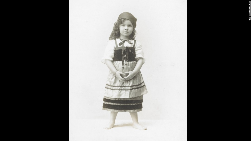 "Leigh was known as Vivian Hartley when she was photographed in this gypsy costume in 1918. As a young child, she began performing in her mother's plays. ""At 5, you can see she's going to be famous,"" Bean said.<br /><em><br />Image courtesy of ""Vivien Leigh: An Intimate Portrait"" (Running Press)</em>"
