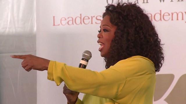 dnt Oprah's yard sale raises money for south africa school_00001803.jpg