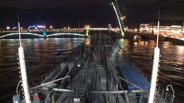 vo.st.petersburg.bridge_00002220.jpg