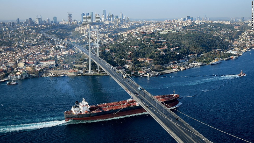 Ahead of the Turkish Open, Woods took time out to do something which had never been done before. The world No. 1 was to strike a drive across the Bosphorus Bridge in Istanbul, thus becoming the first golfer to hit a golf ball from Europe to Asia. Istanbul is renowned as a transcontinental city.