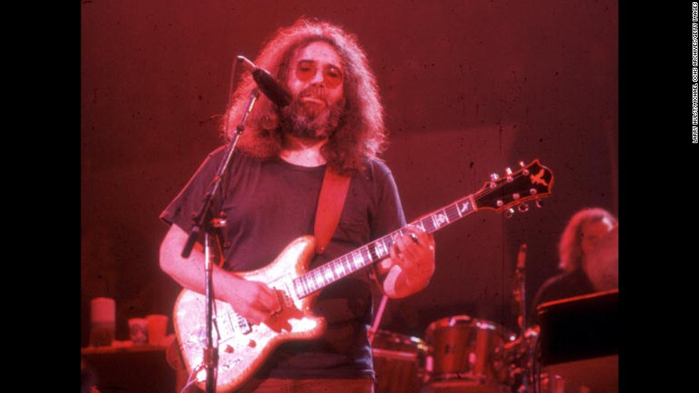 "Late Grateful Dead front man Jerry Garcia is the epitome of 1960s counterculture.  But Garcia enlisted in the Army in 1960 after dropping out of high school, according to his biography on <a href=""http://www.mtv.com/artists/jerry-garcia/biography/"" target=""_blank"">MTV.com</a>.   He didn't last long: A few months later, he was dishonorably discharged."