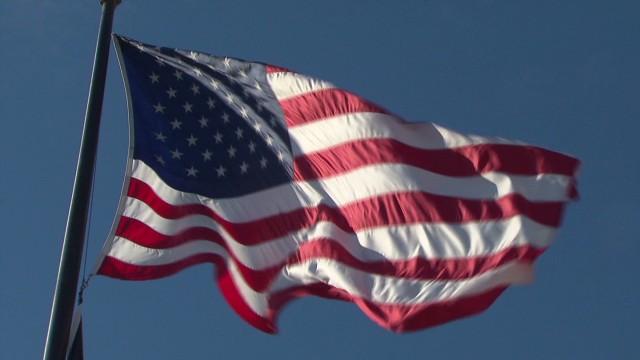 exp sotu crowley dole veterans salute_00033804.jpg