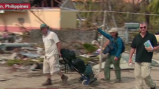 tsr dnt Stevens Typhoon Haiyan crisis aftermath_00002604.jpg